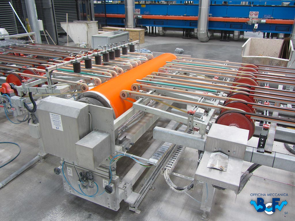 Engobing Rotary Machine with Approach Arms   BCF Srl