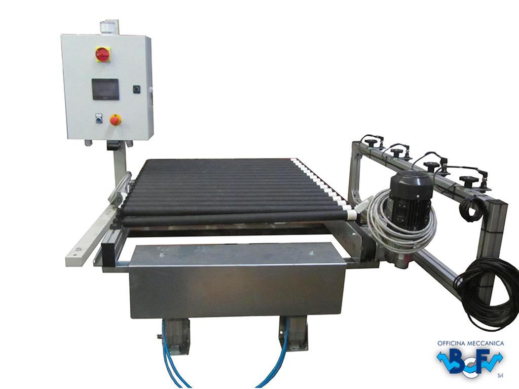 Expulsor Electrònico con Transportador de Rodillos Simple   BCF Srl